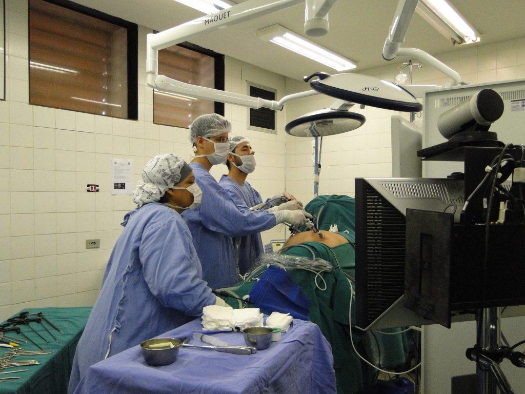 Kidney Transplant versus Dialysis
