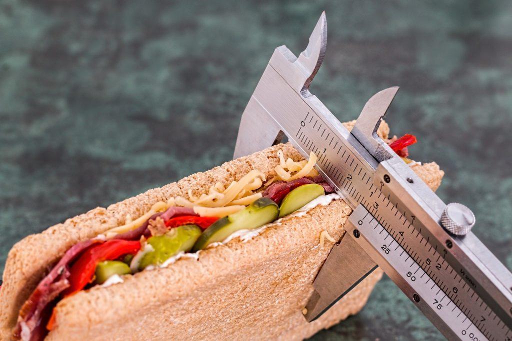 Identify nutritional risk factors;